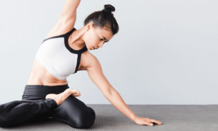 5 Basic Yoga Tips For Weight Loss – A Beginner's Guide